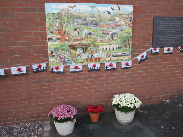 bunting and poppies with the #armistice100 artwork